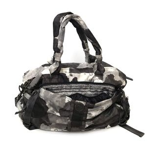 •LULULEMON• Bon Voyage Duffel Bag Gym Workout
